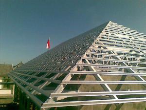Perbandingan Harga Pemasangan Atap Kayu Vs Baja Ringan ...